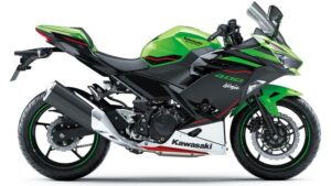 2021-Kawasaki-Ninja-400-Green-Black-3