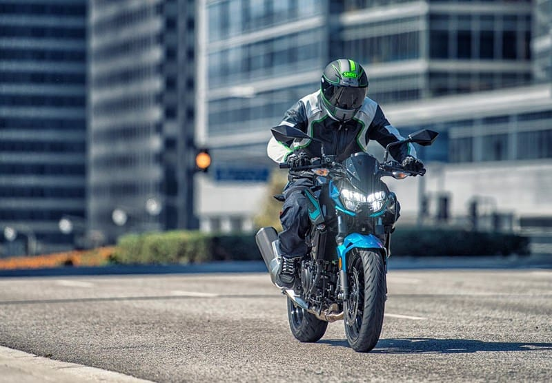 2021-Kawasaki-Z400-green-black