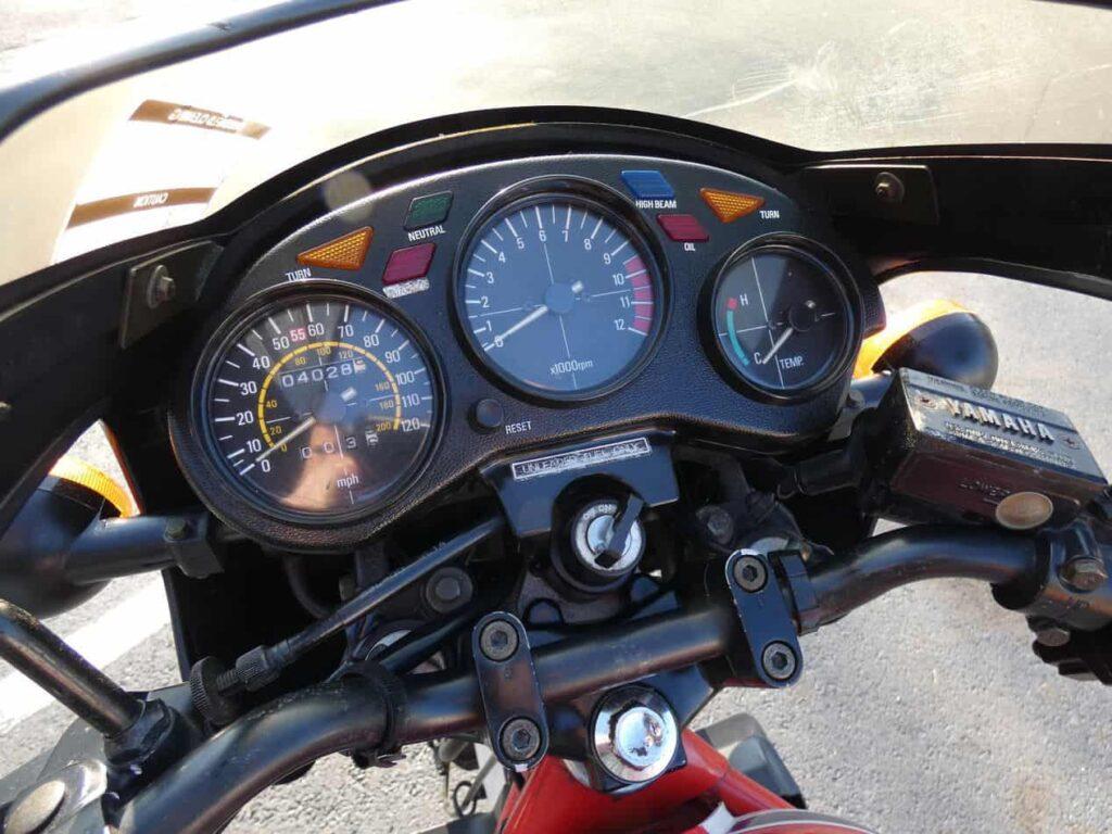 1984-yamaha-rz350-sportbike-micramoto-2