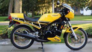 1984-yamaha-rz350-sportbike-yellow-black
