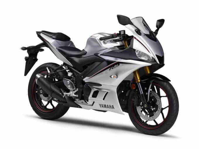 Yamaha-YZF-R3-Silver