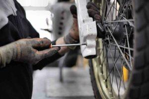 Perform-wheel-alignment-motorcycle
