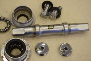 apply-grease-fitting