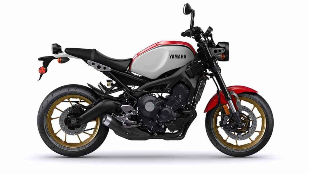 yamaha-XSR900-2021-red-black