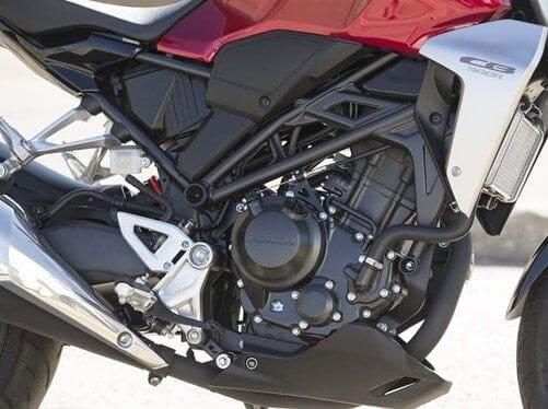 2021-Honda-CB300R-engine-red-black (9)