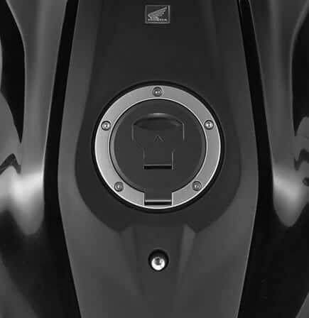 2021-Honda-CB300R-tank(18)