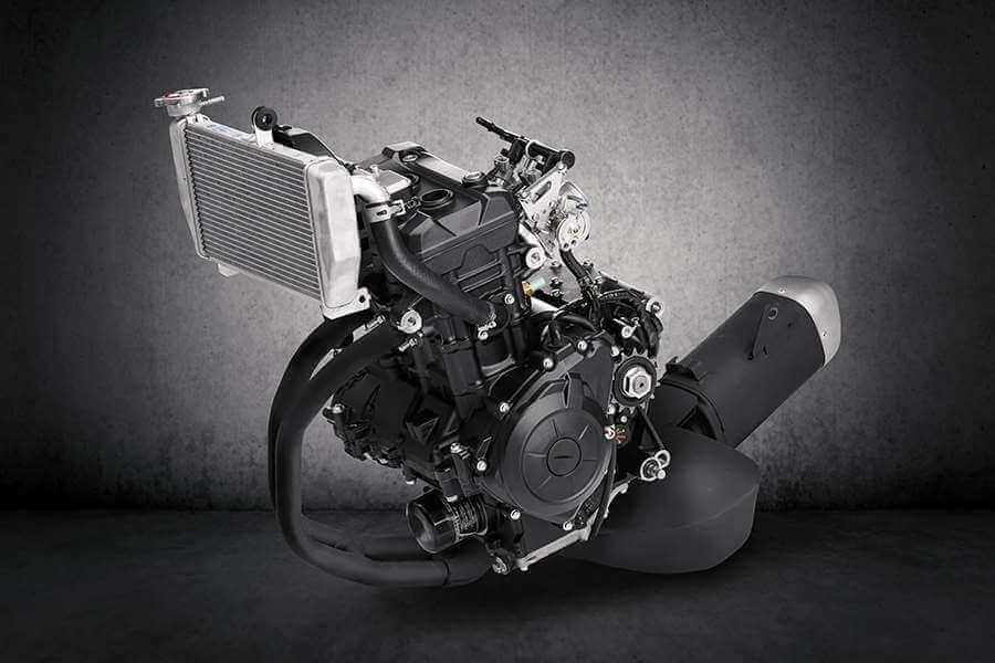Yamaha-YZF-R3-2021-engine (8)