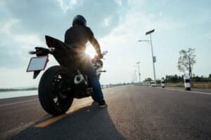 how-should-a-beginner-rider-a-motorcycle