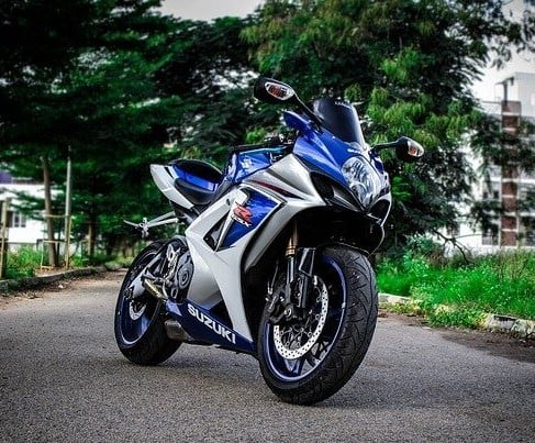 Motorcycle-Suzuki (2)