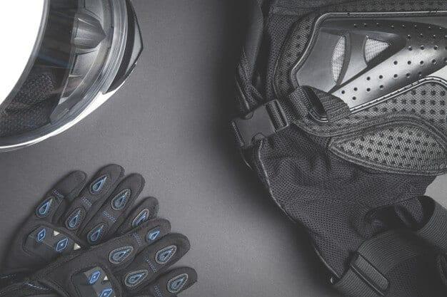 helmet-gloves-jacket-motorcycle-safety