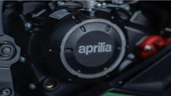 Aprilia-GPR250R-black-red-green (3)