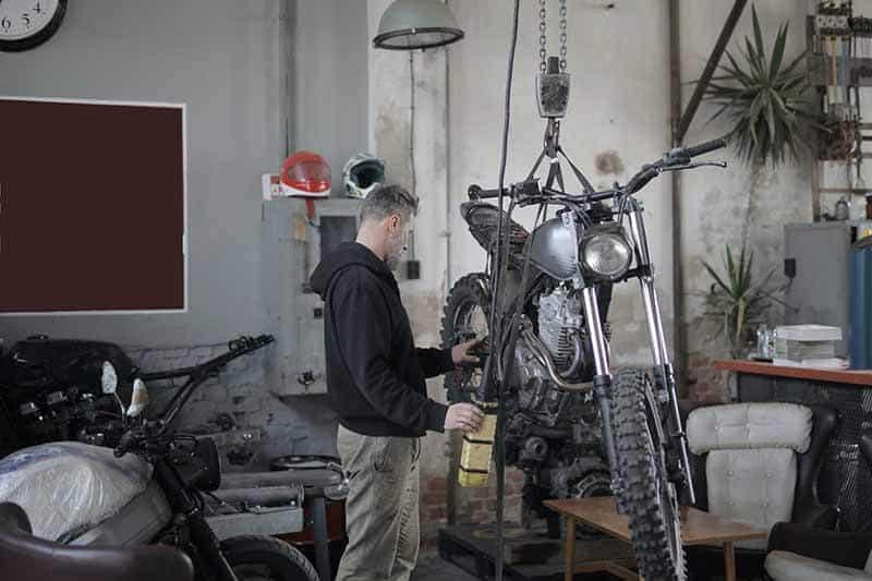 Check-Motorcycle-Before-Riding-micramoto-1