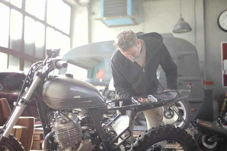 Check-Motorcycle-Before-Riding-micramoto