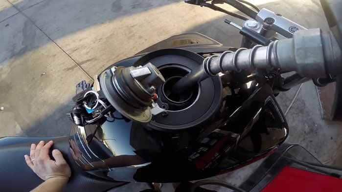 How-to-Save-Fuel-on-Motorcycle-micramoto-1