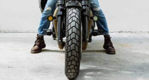 Are-Boots-Good-for-Motorcycle-Riding-micramoto (2)