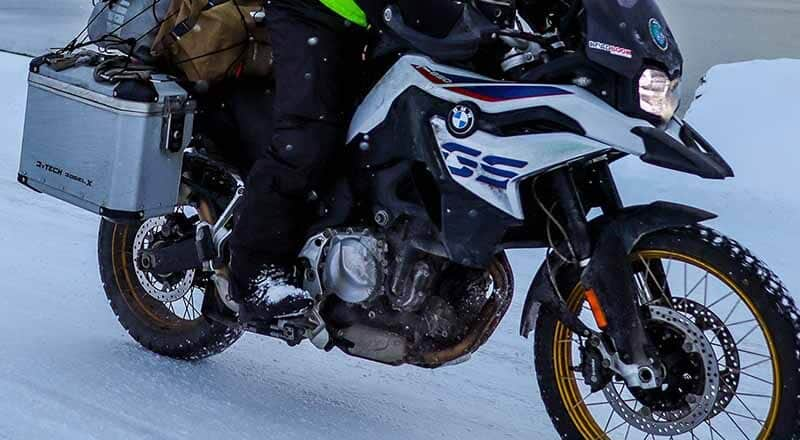 motorcycle-boots-in-winter-micramoto